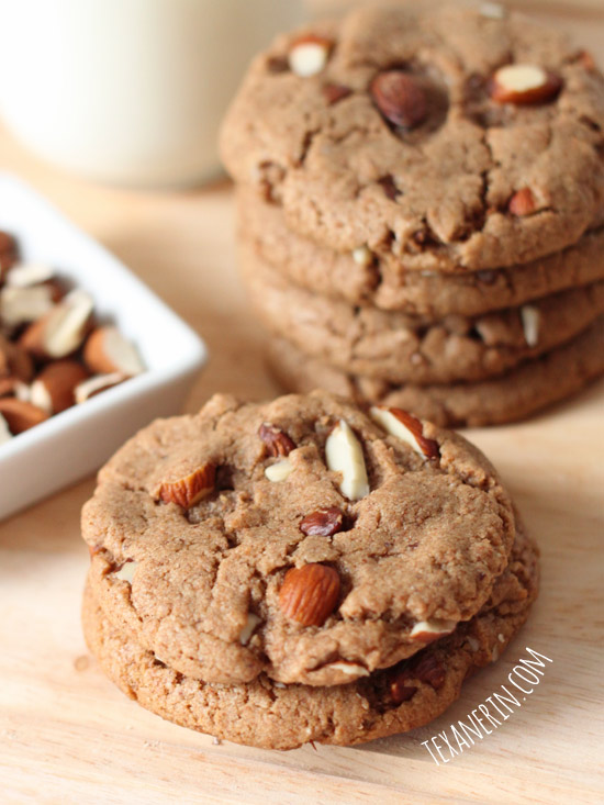 These soft and chewy maple almond butter cookies are 100% whole grain and dairy-free! | texanerin.com