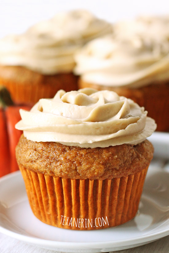 Pumpkin Cupcakes (100% whole grain) - you will not believe how moist and delicious these are! | texanerin.com