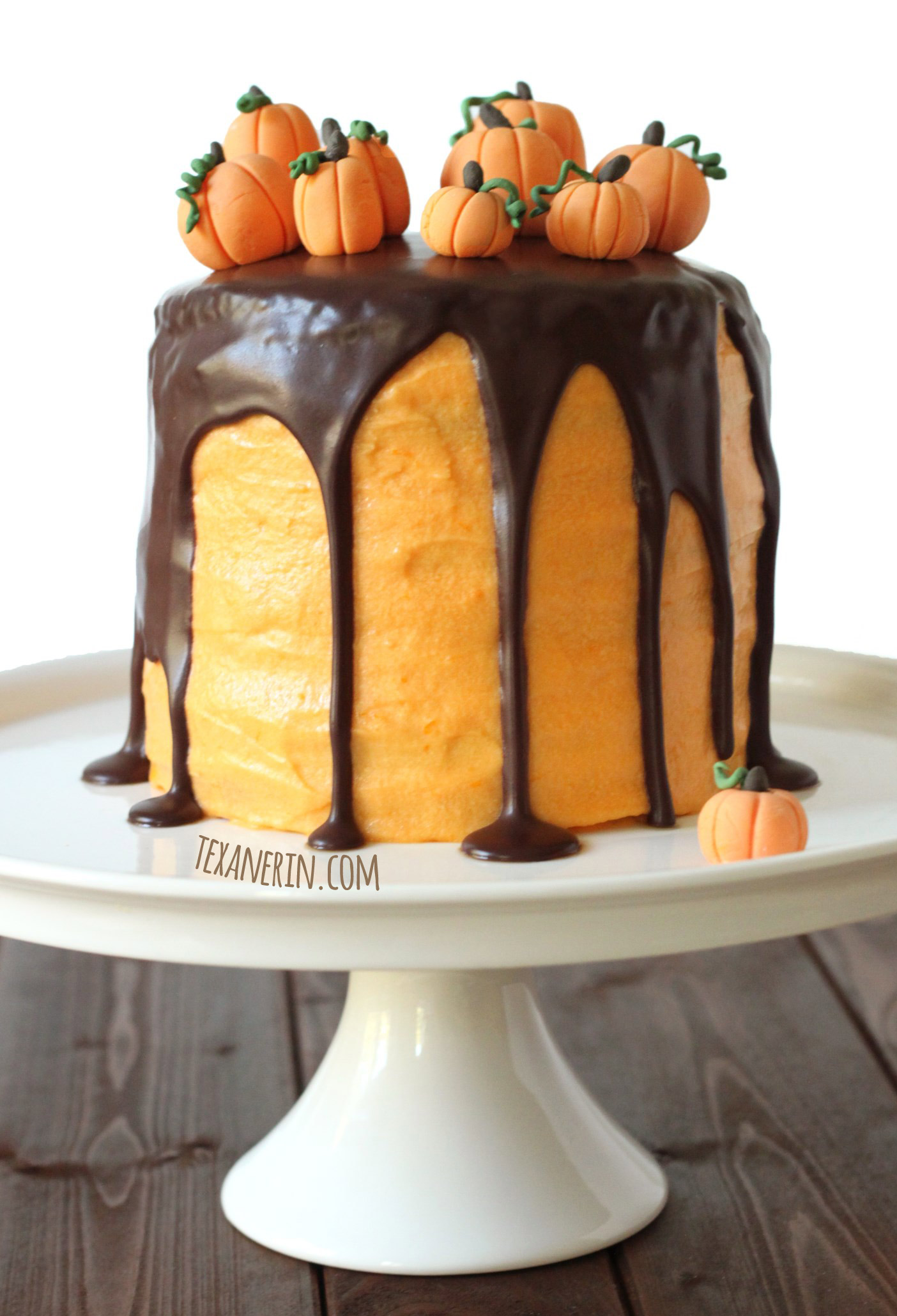 This chocolate orange Halloween cake is made just a little healthier! | texanerin.com