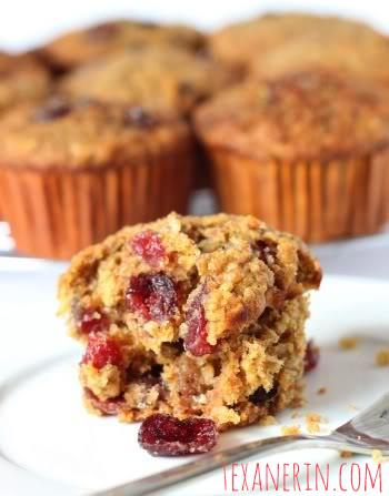 Cranberry Orange Oat Muffins - 100% whole grain, dairy free and delicious! | texanerin.com