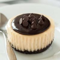 mini-irish-cream-cheesecakes-FI