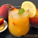 Fresh Peach Lemonade – Honey Sweetened