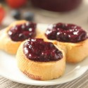 Strawberry Blueberry Jam (honey sweetened, pectin free)