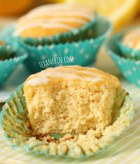 Grain-free and gluten-free lemon muffins that taste just like pound cake! | texanerin.com