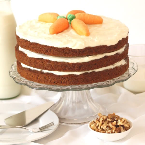 100% Whole Grain Carrot Cake | texanerin.com
