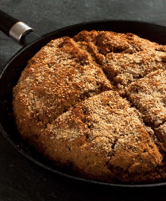 100% Whole Grain Brown Soda Bread | texanerin.com