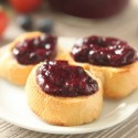 honey_sweetened_strawberry_blueberry_jam