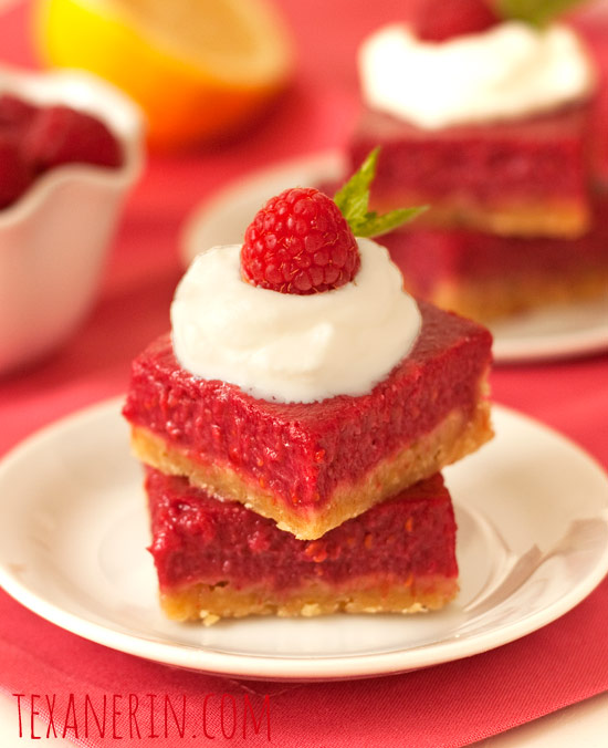 Raspberry Lemon Bars – 100% Whole Grain and Honey Sweetened | texanerin.com