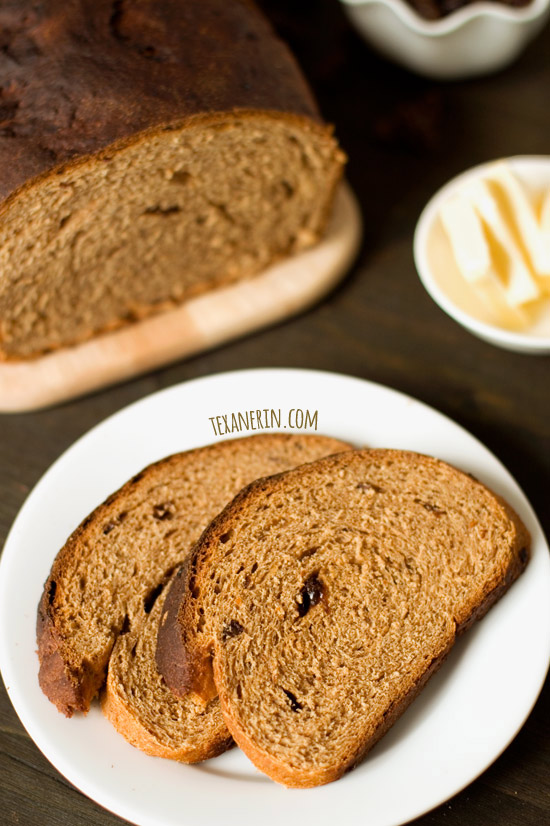 Buttermilk Whole Wheat Raisin Bread | texanerin.com