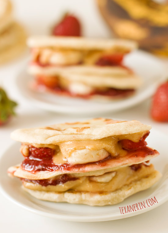 Peanut Butter, Strawberry and Banana Quesadillas can be made gluten-free, whole grain, vegan, dairy-free etc. | texanerin.com
