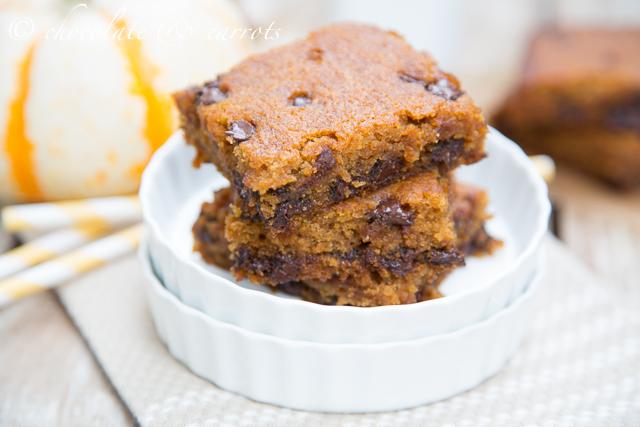Pumpkin chocolate chip cake bars