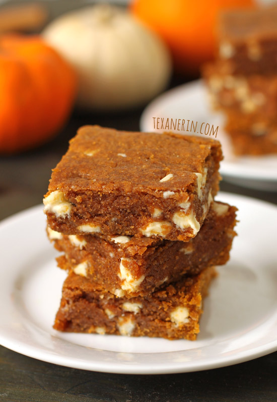 Chewy Pumpkin Blondies – chewy, rich and made healthier! | texanerin.com