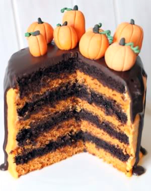 100% whole grain chocolate orange Halloween cake | texanerin.com