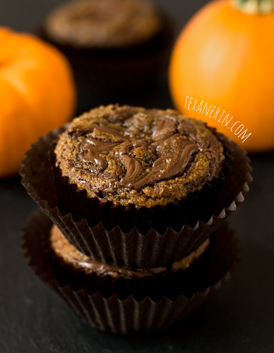 These Pumpkin Spice Latte Nutella Muffins are quick, easy, grain-free and gluten-free! With a paleo and dairy-free option.
