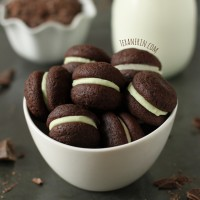 chocolate_mint_sandwich_cookies_2