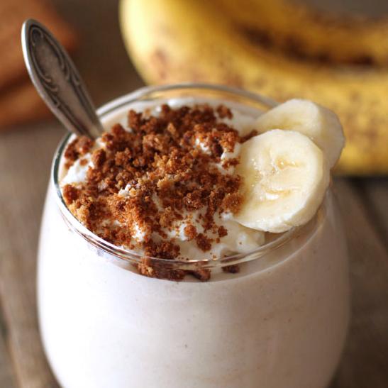 Healthy Banana Cream Pie Milkshake (gluten-free, vegan options ...