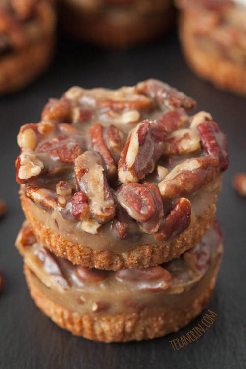 These Grain-free and Gluten-free Mini Caramel Pecan Tarts are super simple to make and have a graham cracker like crust! #grainfree #glutenfree