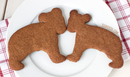 Pepparkakor (Swedish Ginger Cookies) – dairy-free, 100% whole wheat and super simple to make!