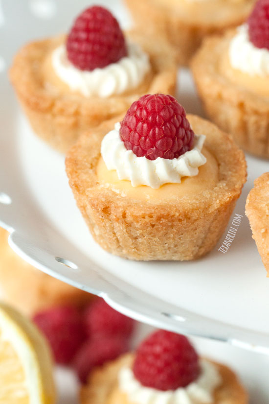 Mini Lemon Curd Tarts – 100% whole grain and super simple to make!