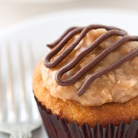 samoa-cupcakes-2