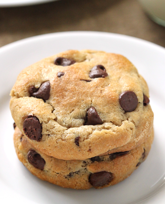 Soft and Chewy Gluten-free Chocolate Chip Cookies