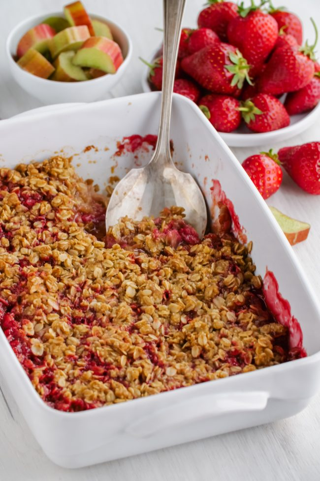 This delicious strawberry rhubarb crisp has a thick layer of oat-based topping, is gluten-free, whole grain and can easily be made dairy-free and vegan. So many people have told me that this is the best crisp topping ever!