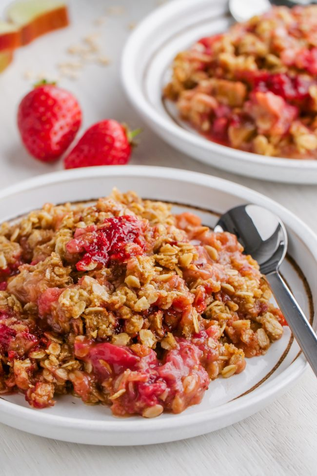This easy and delicious strawberry rhubarb crisp has a thick layer of oat-based topping, is gluten-free, whole grain and can easily be made dairy-free and vegan. So many people have told me that this is the best crisp topping ever!