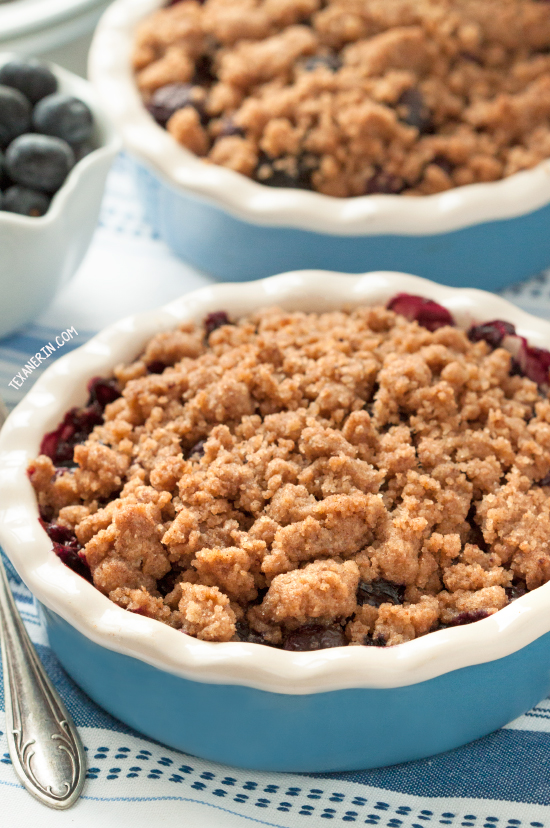 Healthier Blueberry Crisp {100% whole grain, vegan, dairy-free}
