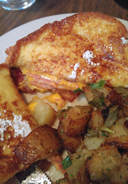 New Orleans: What and Where to Eat – Monte Cristo French Toast at Jimmy J's Cafe