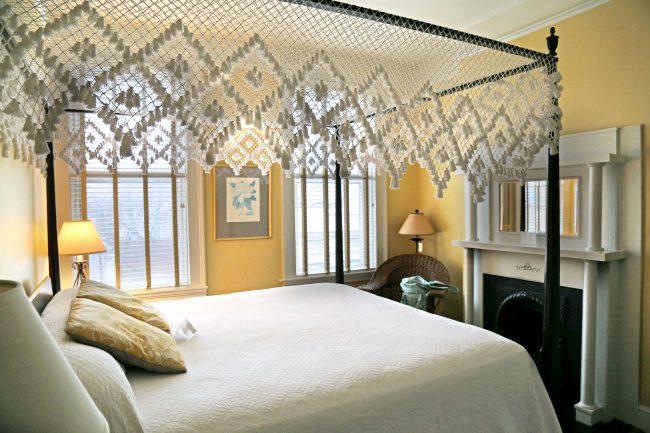 Room at Fulton Lane Inn