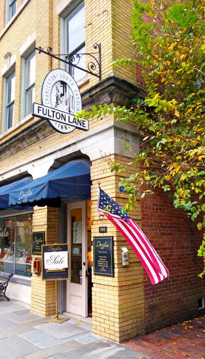 Entrance to Fulton Lane Inn