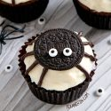 Spider Cupcakes for Halloween (gluten-free, vegan options)