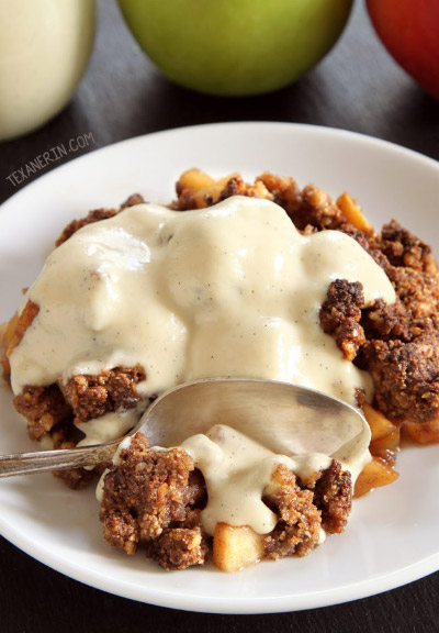 Paleo Apple Crisp (vegan) from Texanerin Baking
