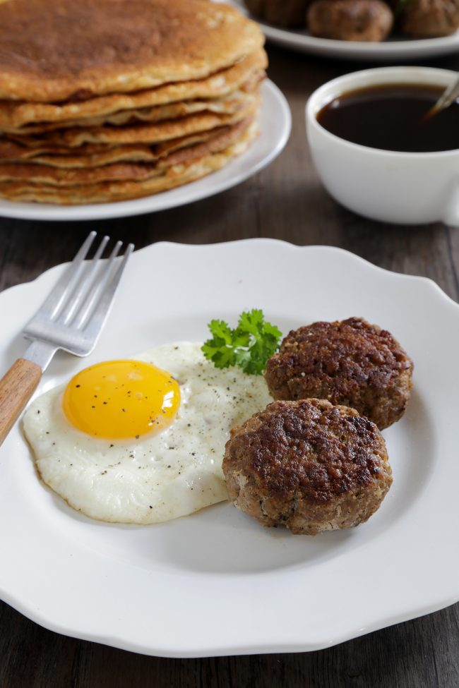 Homemade Paleo Breakfast Sausages (Whole30, GAPS-friendly, egg-free)