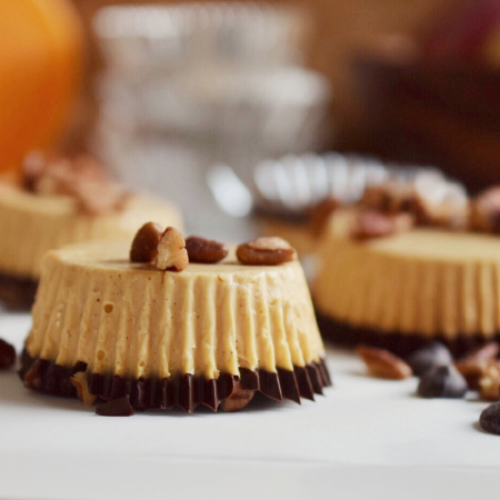 No-bake Two Bite Pumpkin Cheesecakes
