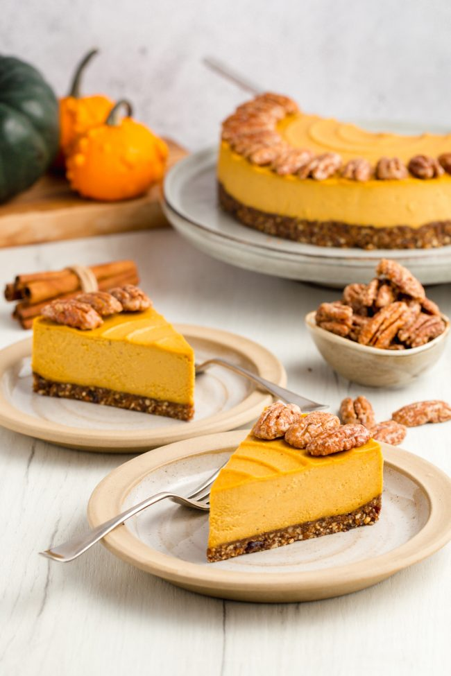 This vegan pumpkin cheesecake is also paleo, no-bake and amazingly creamy. It really tastes similar to a traditional pumpkin cheesecake! Gluten-free, grain-free, dairy-free