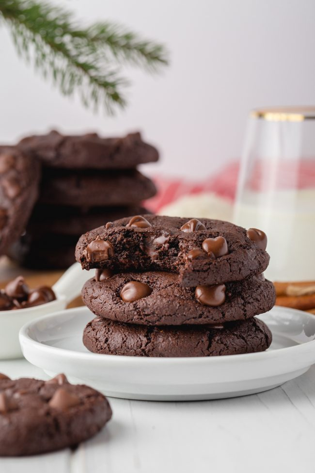 These amazing chocolate gingerbread cookies are perfectly soft, chewy and loaded with spicy Christmas goodness. Can also be made vegan.