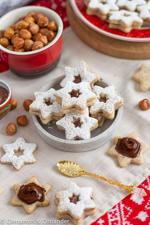 German Hazelnut Cookies with Nutella Filling